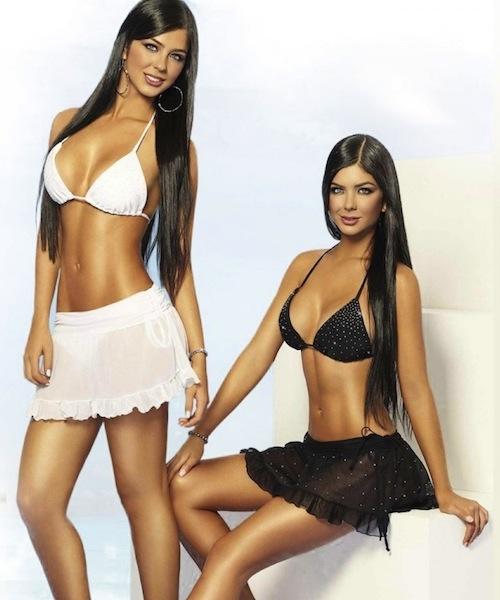Camila and Mariana Dávalos