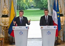 Presidents Santos and Macron